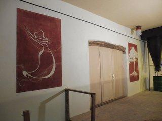 Ensemble réalisé de deux tableaux sgraffités et peinture décoratives