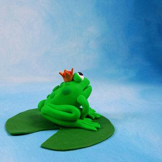 Une grenouille en pâte à modeler