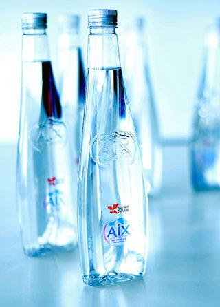 Bouteilles d'eau AIX