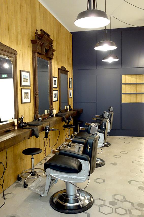 Fauteuil de coiffure pour homme votre nouveau blog - Location de fauteuil en salon de coiffure ...
