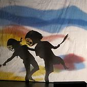 LE JOUR DE GRANDIR co/création CHOU Jung-Shi / SHIH Pei-yu / HERBERA Ghislaine  Théâtre d'ombres et dessins rétroprojetés, marionnettes, masques.