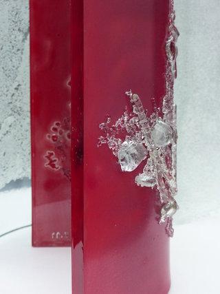 Matière rouge. 24x19x8 cm