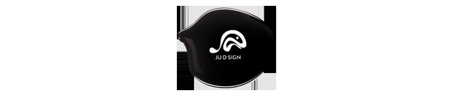 Julien Bouvry, Consultant en communication & Graphic Designer freelance : Ultra-book