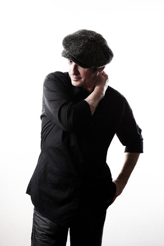 Yves Jamait - Photos album