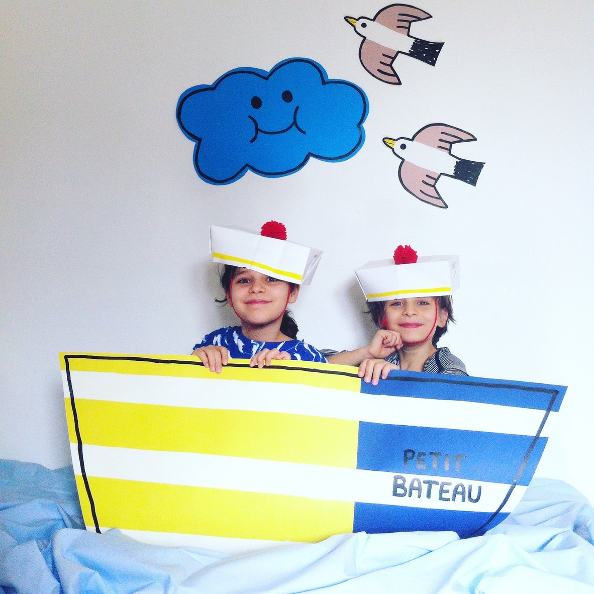 Image pour un concours  Petit bateau (gagnante du 1er prix)