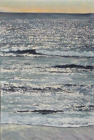 Mer d'hiver scintillante grise et rose