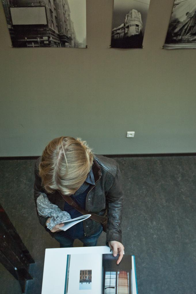 VERNISSAGE_ART_DATING_15_OCT_2011_INTERNET__13_sur_63_.jpg